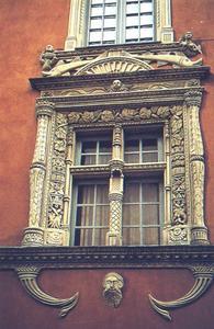 Des fenêtres d'hier et d'aujourd'hui. - Page 39 Fenetre